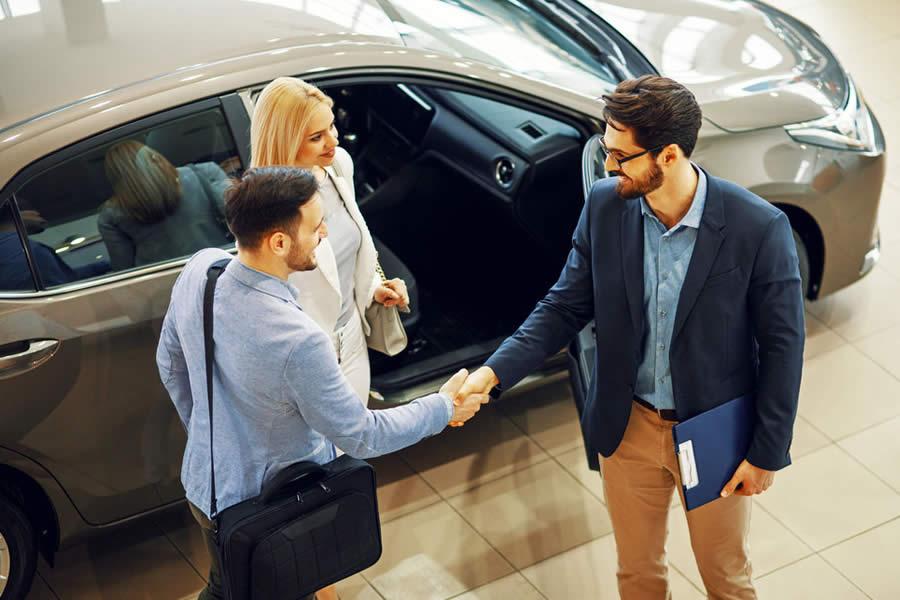 8 pasos para comprar un auto nuevo autosnuevoschile for Compra de comedores nuevos