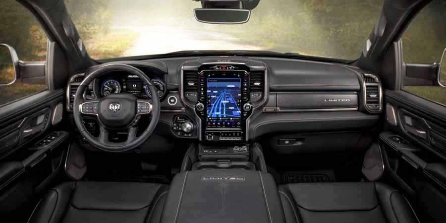 RAM 1500 cabina