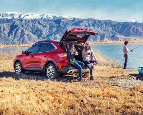Ford realiza lanzamiento New Escape
